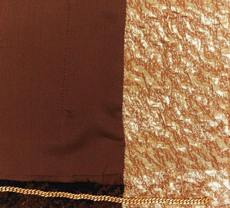 Chanel Tweed & Metallic Gold Lamé Gripoix Button Jacket Blazer Skirt Suit For Sale 1
