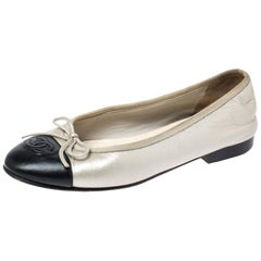 Chanel Two-Tone Leather Bow CC Cap Toe Ballet Flats Size 36.5