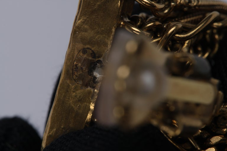 Chanel Ultra Long Earrings - black/gold For Sale 2