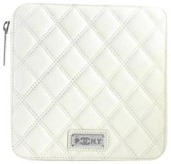 Chanel (Ultra Rare) Pny Zip Case 4cr0522 Cream Quilted Leather Clutch