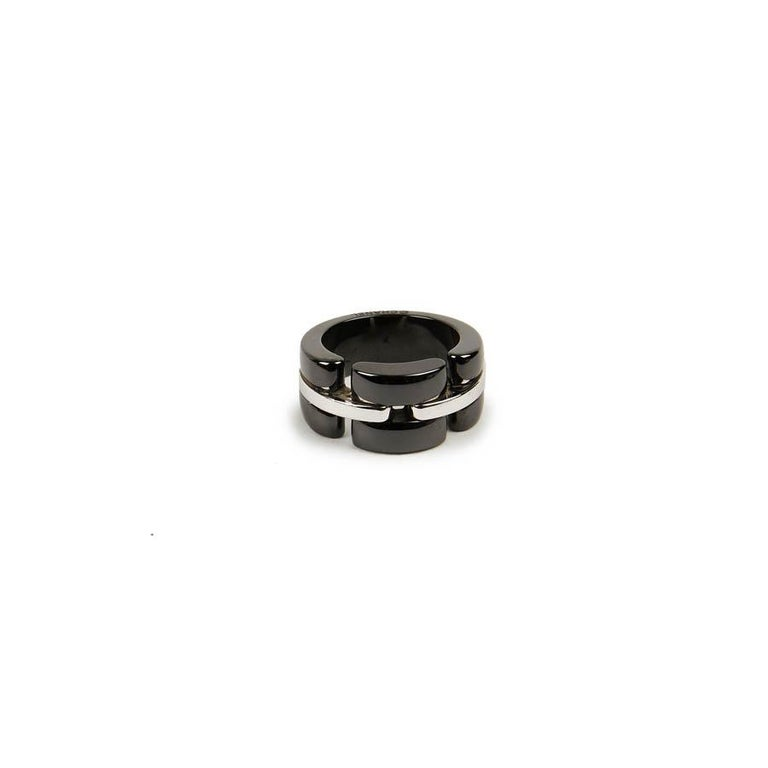 CHANEL Ultra Ring In White Gold And Black Ceramic In Good Condition For Sale In Paris, FR