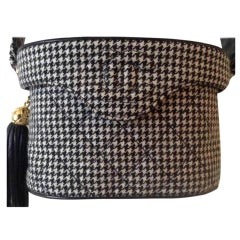 Chanel Vanity Case Very Rare Vintage 1990's Houndstooth Black and White Wool Bag