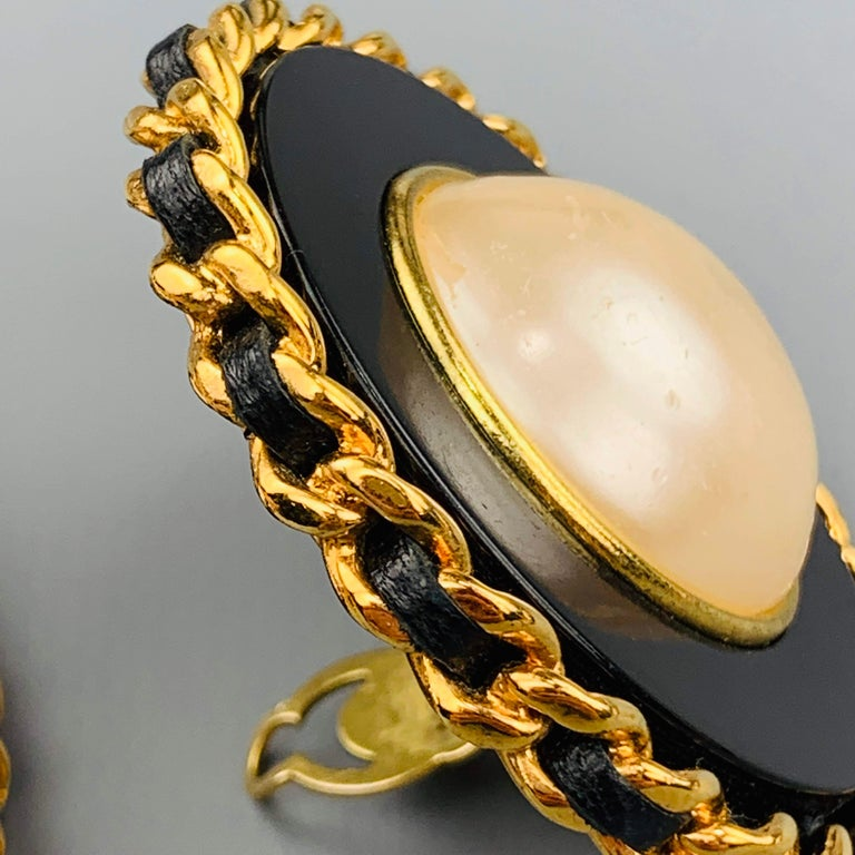 CHANEL Vintage Black & Gold Tone Leather Woven Chain Pearl Clip On Earrings For Sale 1