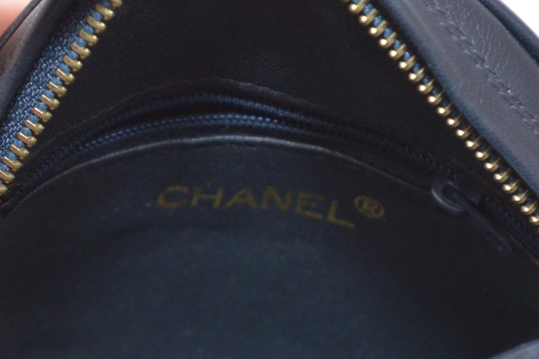 Chanel Vintage 1990's Navy Leather Circle Crossbody Bag 6