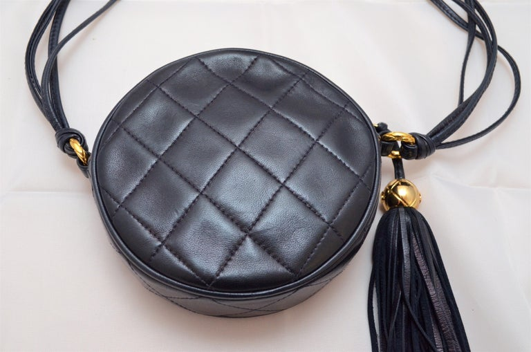 Chanel Vintage 1990's Navy Leather Circle Crossbody Bag 2