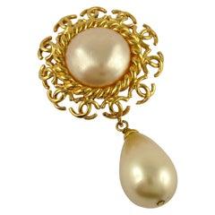 Chanel Vintage 1997 Logo Rim Dangling Pearl Brooch