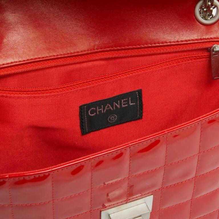 CHANEL Vintage 2.55 Red Varnished Bag  For Sale 7