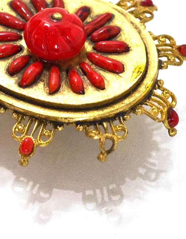 Chanel Vintage '70s-'80s Red & Gold Clip On Earrings For Sale 1