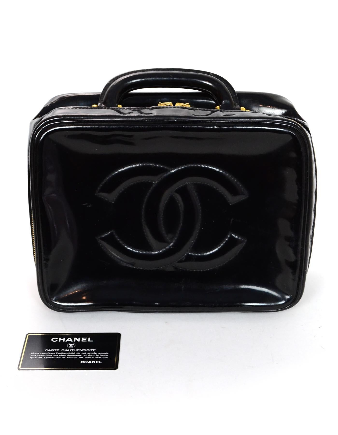 2d4e17ae4cda Chanel Vintage 90s Black Patent Leather Timeless CC Vanity Case Bag at  1stdibs