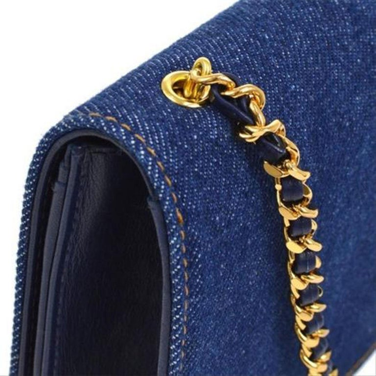 Chanel Vintage 90's Wallet On A Chain Denim & Lambskin Leather Cross Body Bag For Sale 1