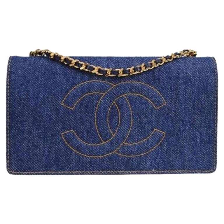 Chanel Vintage 90's Wallet On A Chain Denim & Lambskin Leather Cross Body Bag For Sale