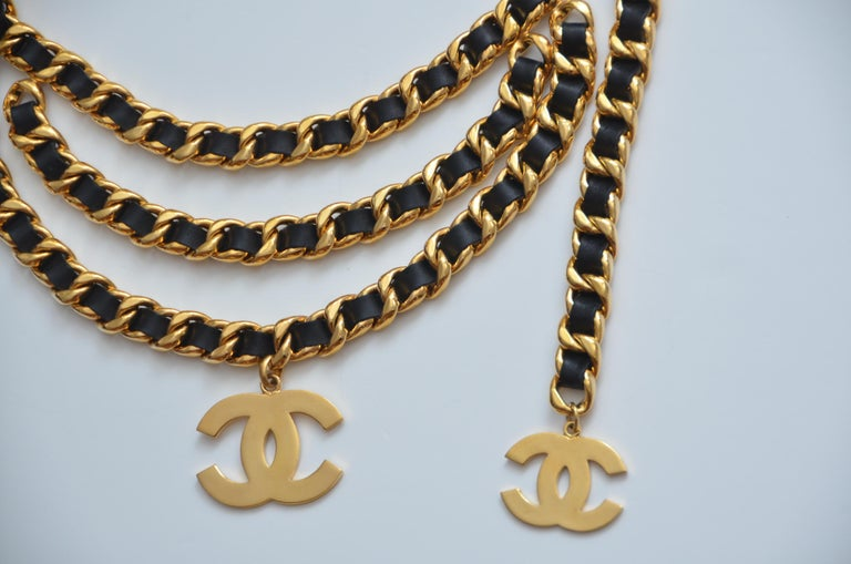 CHANEL Vintage Belt Double Chain With Large CC     Mint For Sale 1
