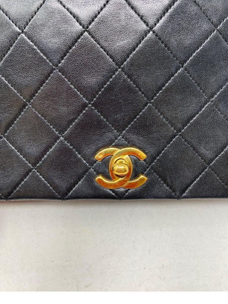 Chanel Vintage Black Leather Bag  3