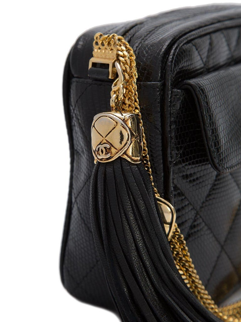 Chanel Vintage Black Lizard Exotic Leather Gold Evening Camera Shoulder Bag In Good Condition For Sale In Chicago, IL