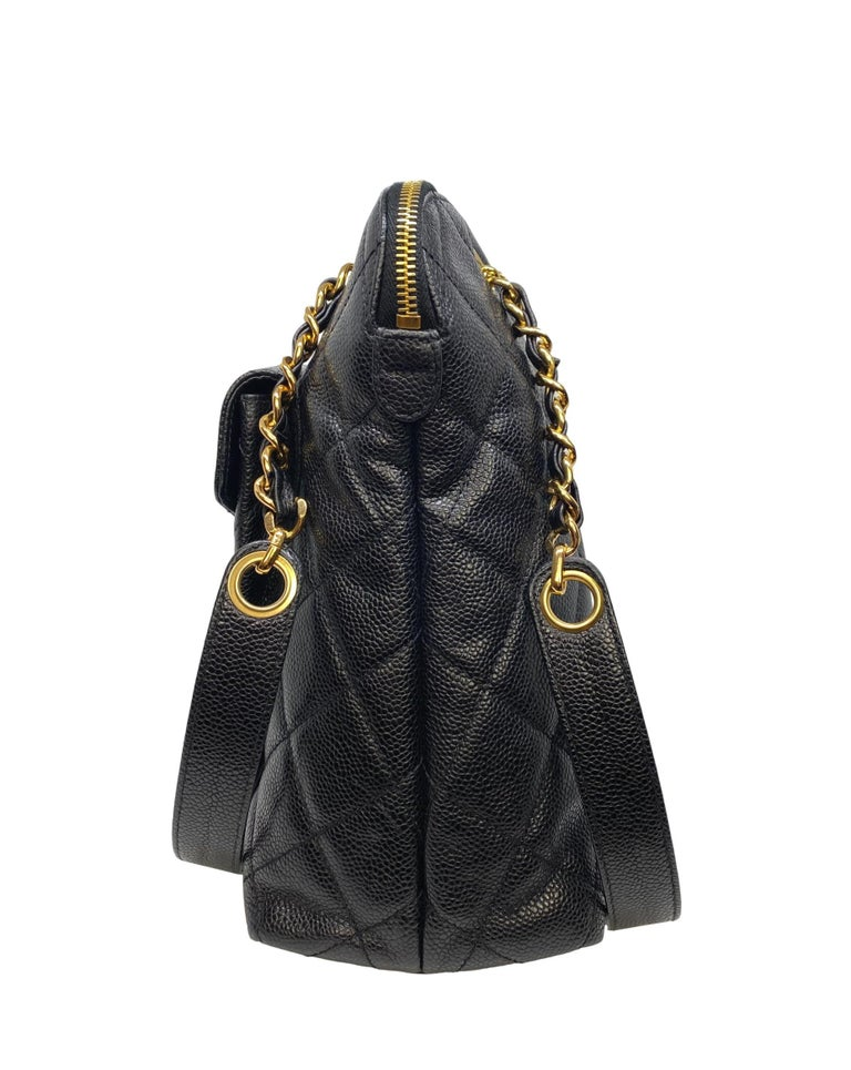 Chanel Vintage Black Quilted Caviar Leather Shoulder Bag with Gold Hardware In Good Condition For Sale In Banner Elk, NC