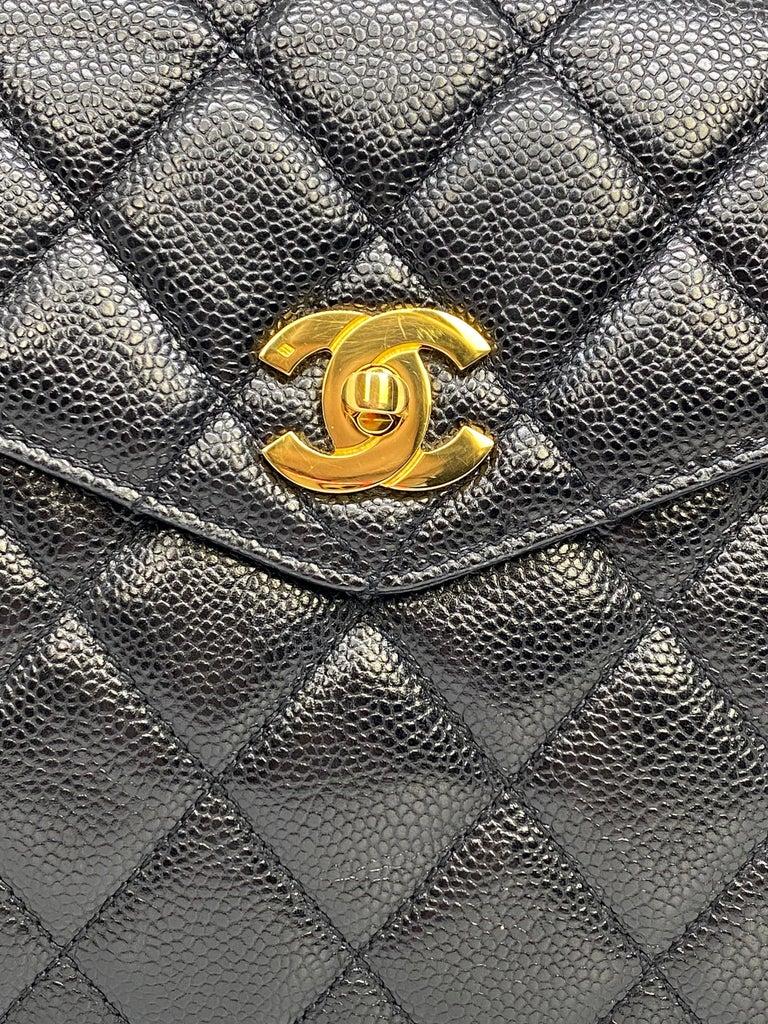 Chanel Vintage Black Quilted Caviar Leather Shoulder Bag with Gold Hardware For Sale 4