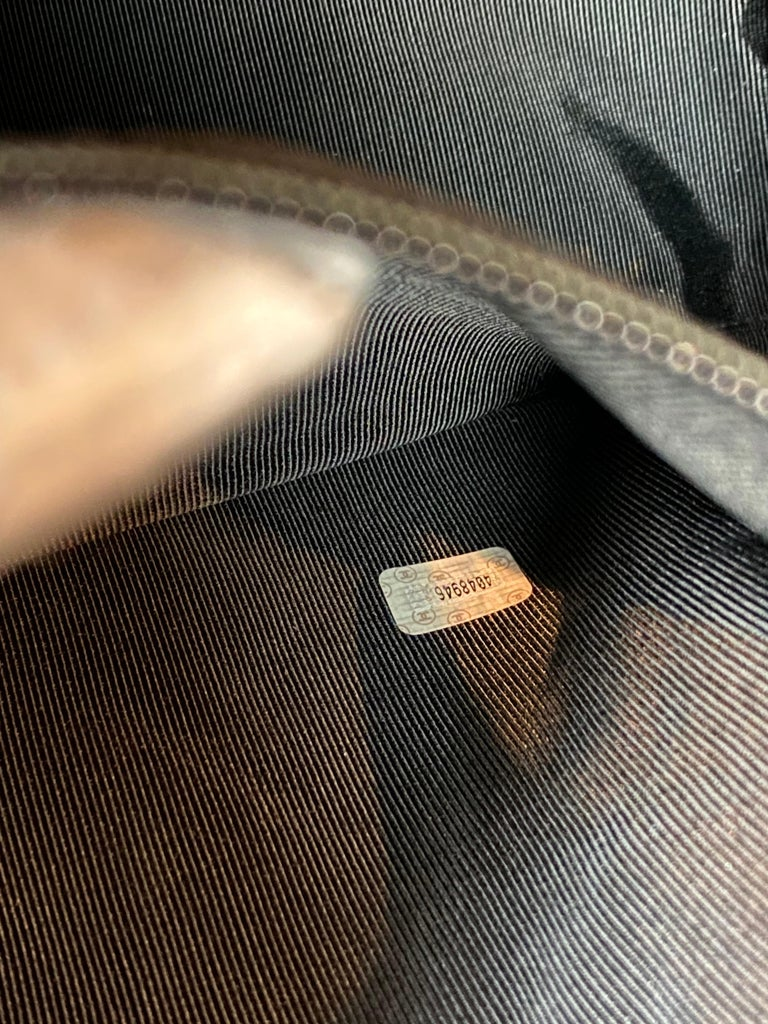Chanel Vintage Black Quilted Caviar Leather Shoulder Bag with Gold Hardware For Sale 5