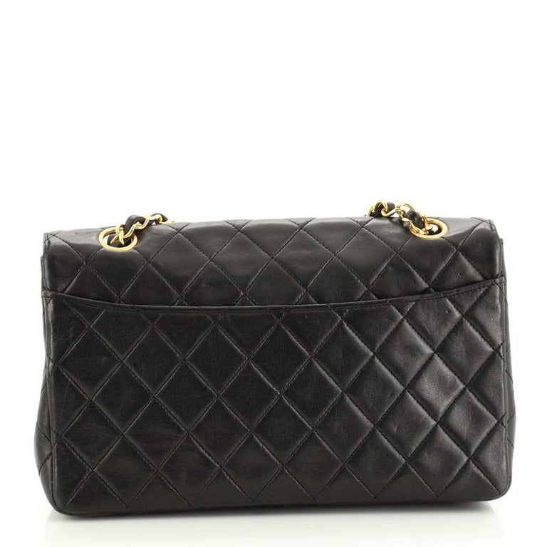 Chanel Vintage CC Chain Flap Bag Quilted Lambskin Small In Good Condition For Sale In New York, NY