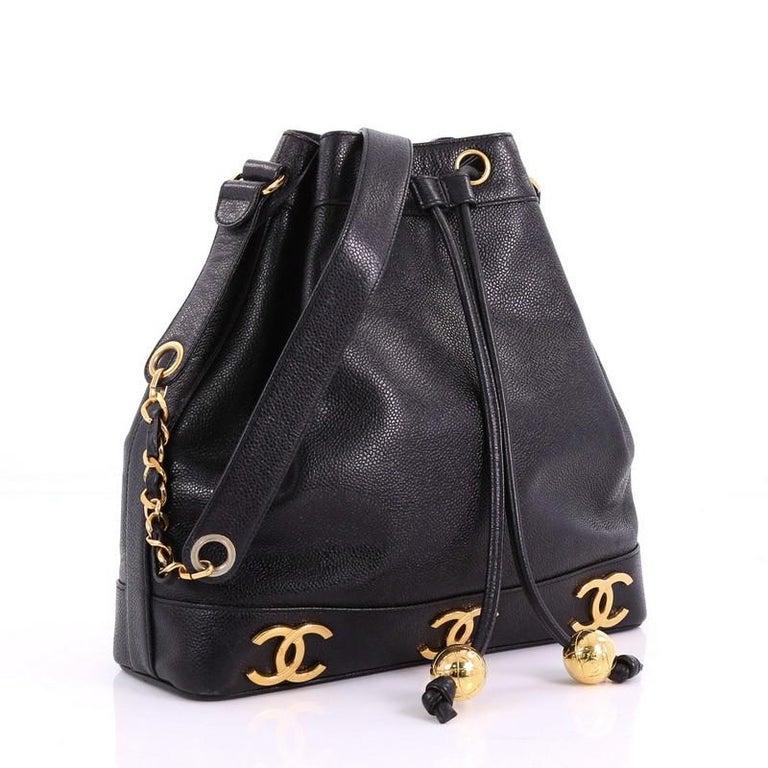 Black Chanel Vintage CC Drawstring Bucket Bag Caviar Medium For Sale 4df66d2959