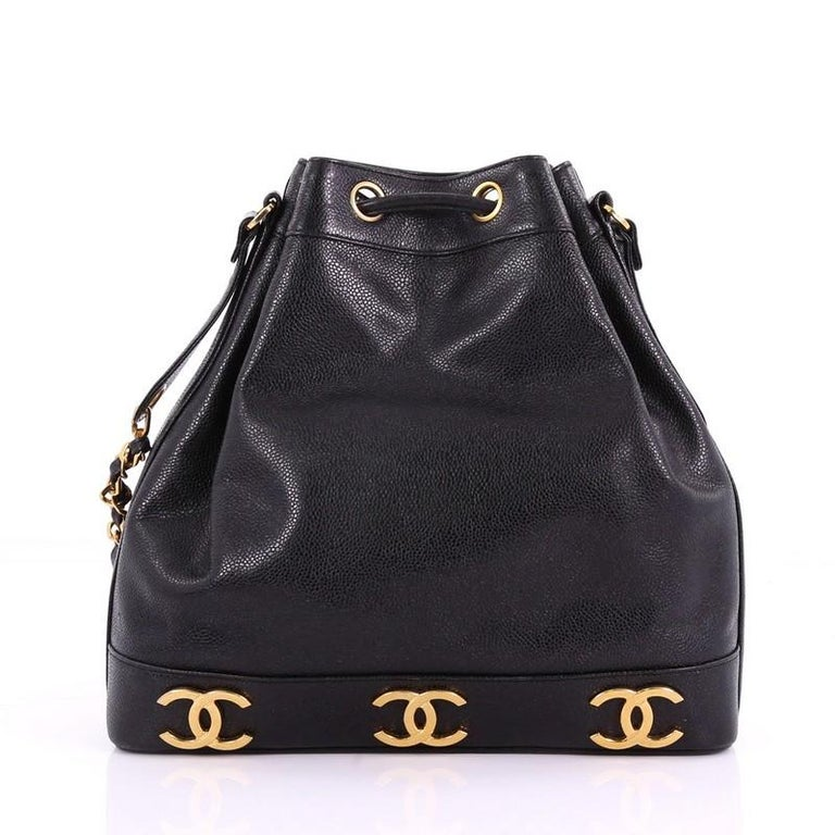 Chanel Vintage CC Drawstring Bucket Bag Caviar Medium In Good Condition For  Sale In New York a767667e1a