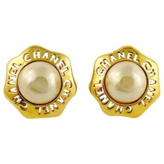 Chanel Vintage Cut Out Pearl Clip-On Earrings
