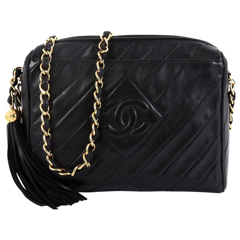 aaca8959c351 Chanel Vintage Diamond CC Camera Bag Quilted Leather Small For Sale ...