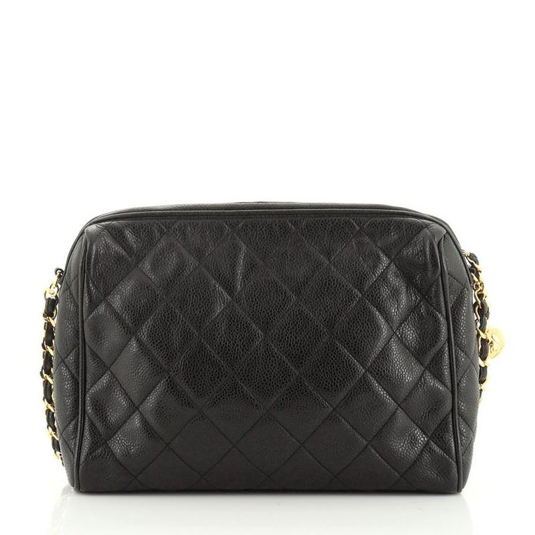 Chanel Vintage Diamond CC Camera Shoulder Bag Quilted Caviar Medium In Good Condition For Sale In New York, NY