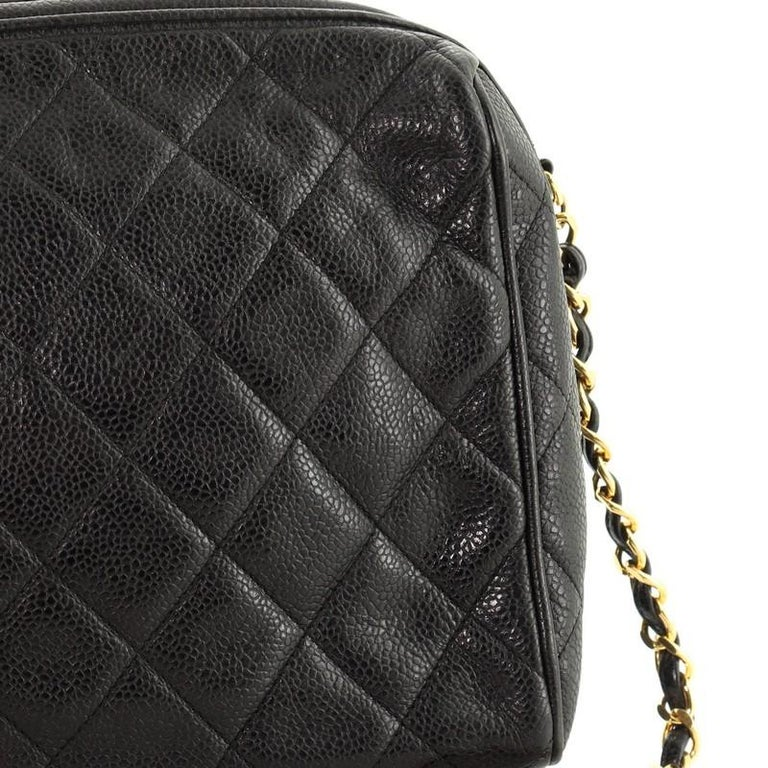Chanel Vintage Diamond CC Camera Shoulder Bag Quilted Caviar Medium For Sale 2