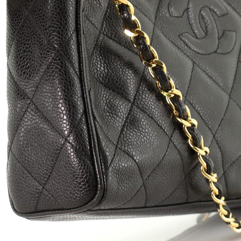 Chanel Vintage Diamond CC Camera Shoulder Bag Quilted Caviar Medium For Sale 3