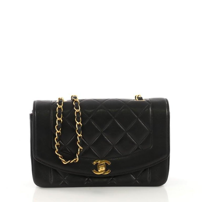 e9b2e1f550fd Chanel Vintage Diana Flap Bag Quilted Lambskin Small at 1stdibs