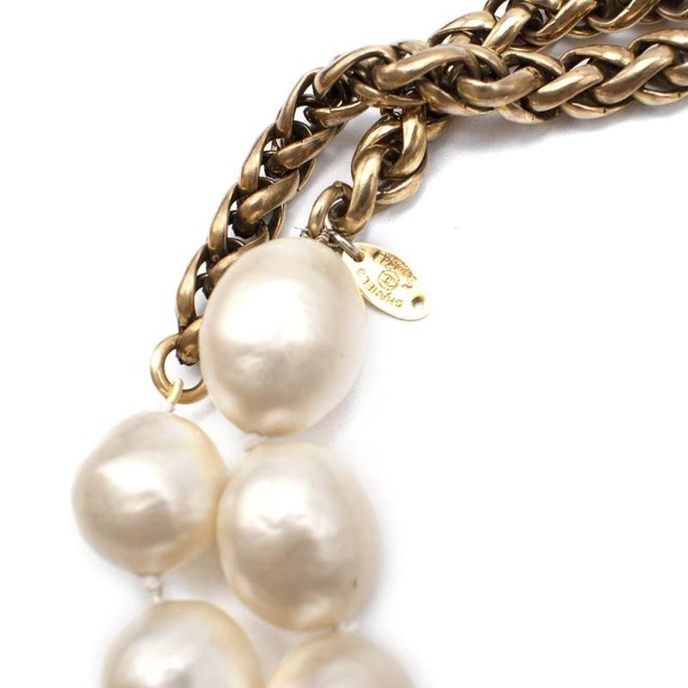 Chanel Vintage Faux Pearl Rope Chain Necklace For Sale 2