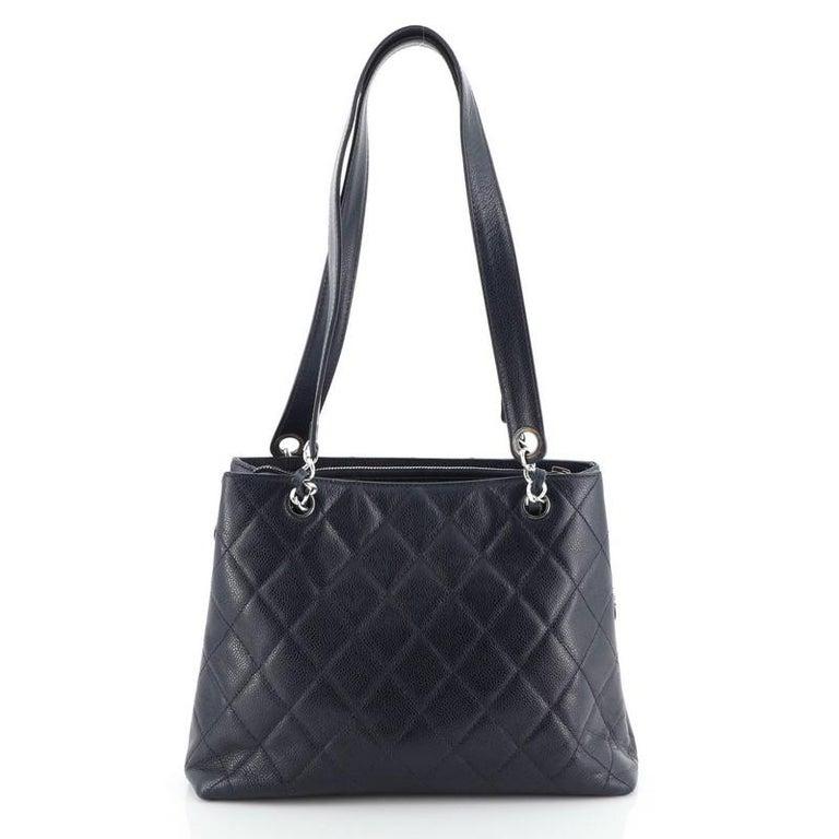 Women's or Men's Chanel Vintage Front Pocket Shoulder Bag Quilted Caviar Medium For Sale