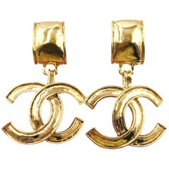 Chanel Vintage Gold Large CC Logo Charm Clip On Evening  Earrings in Box