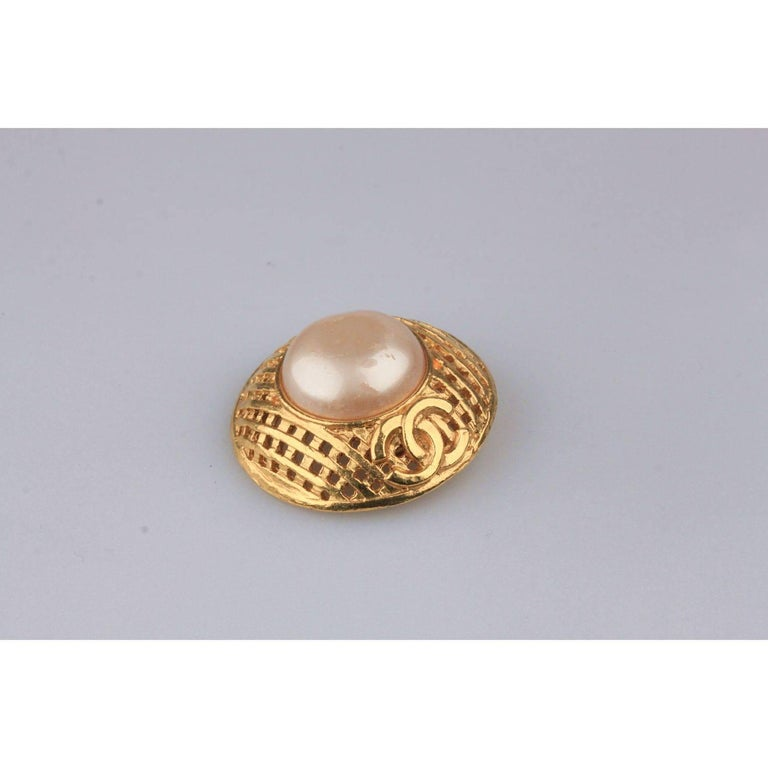 CHANEL Vintage Gold Metal and Faux Pearls GRID Clip On EARRINGS For Sale 1