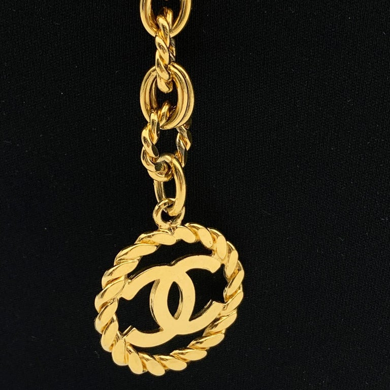Women's Chanel Vintage Gold Metal Ring Chain Belt with CC Pendant