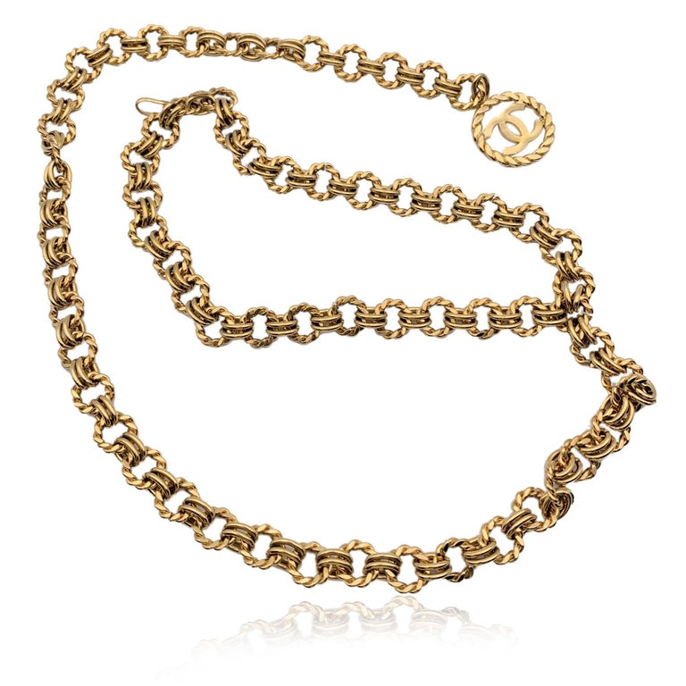 Chanel Vintage Gold Metal Ring Chain Belt with CC Pendant 2