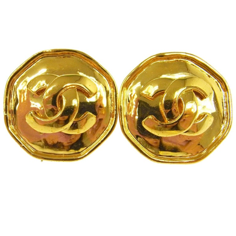 Chanel Vintage Gold Small Charm Cushion Logo Evening Stud Earrings in Box  For Sale