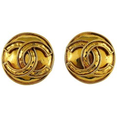 Chanel Vintage Gold Toned CC Logo Disc Clip On Earrings