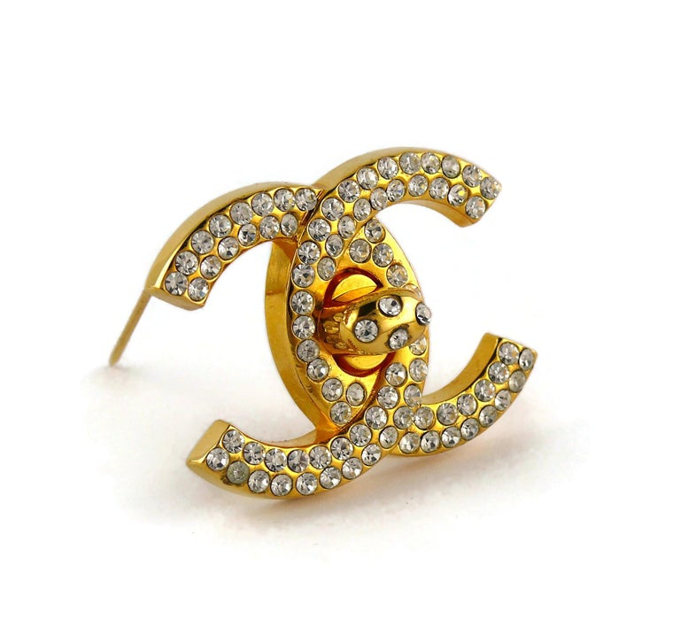 Chanel Vintage Jewelled CC Turn Lock Brooch Fall 1996 In Good Condition For Sale In Nice, FR