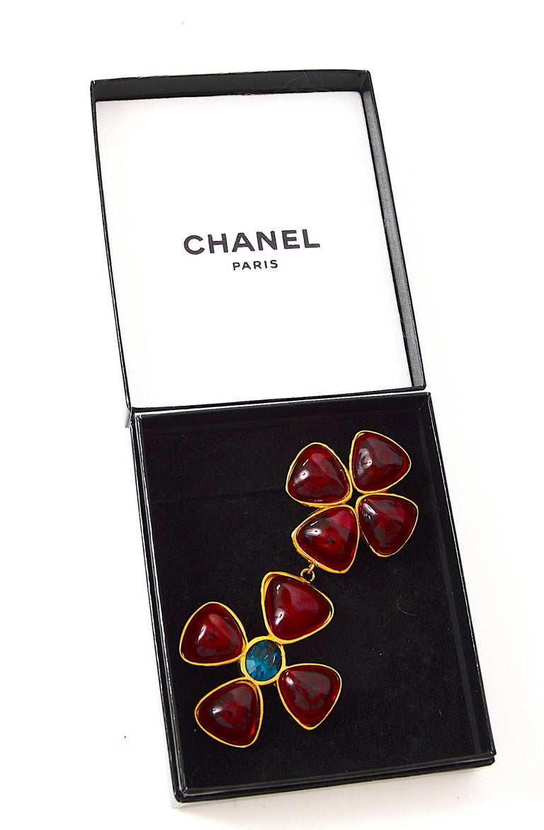 Women's Chanel vintage jewelry collection 26 Verdura Maltese Cross brooch by Griproix For Sale