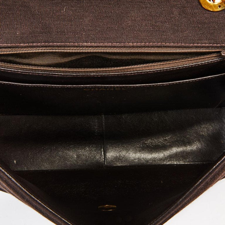 CHANEL Vintage Jumbo Bag in Brown Jersey For Sale 5