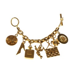 Chanel Vintage Lucky Charm Leather Chain Belt (1994)