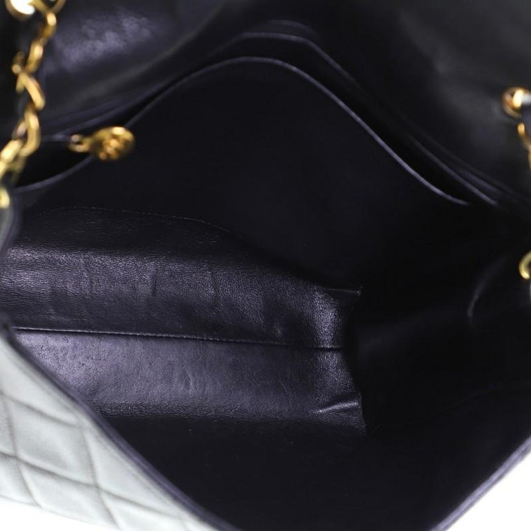 Chanel Vintage Square CC Flap Bag Quilted Caviar Medium For Sale 1