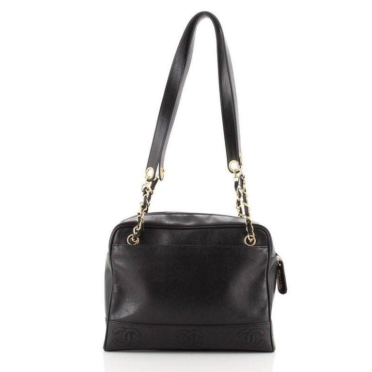 Women's or Men's Chanel Vintage Stitched CC Shoulder Bag Caviar Medium For Sale