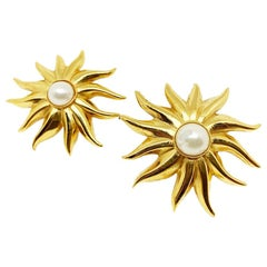 CHANEL Vintage Sun Pearl Clip-on Earrings