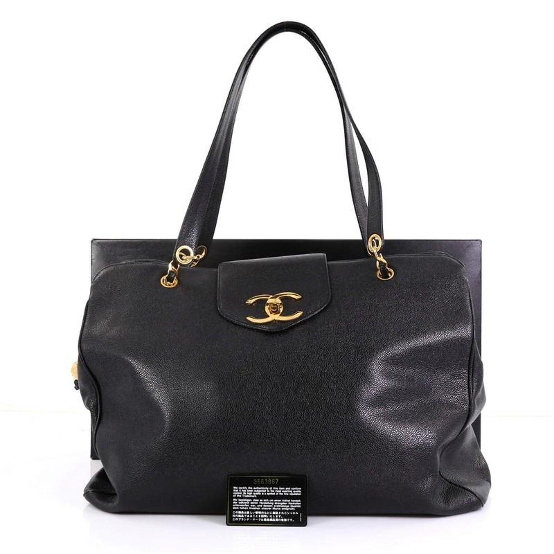 0af87cca923aea Chanel Vintage Supermodel Weekender Bag Caviar Large For Sale at 1stdibs