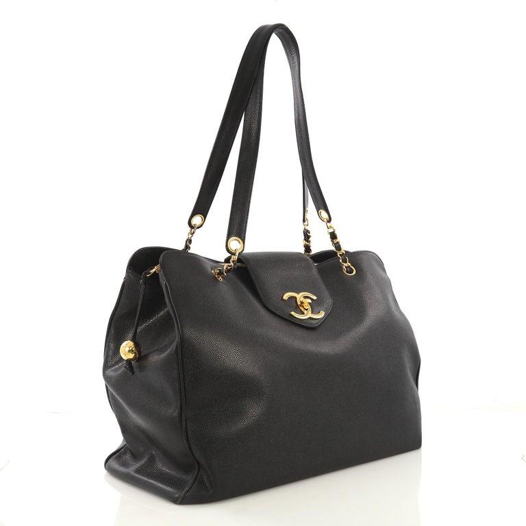 485afcc1b2d2b7 Black Chanel Vintage Supermodel Weekender Bag Caviar Large For Sale