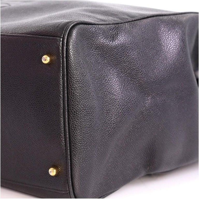 e7e29748b38e57 Chanel Vintage Supermodel Weekender Bag Caviar Large For Sale 2