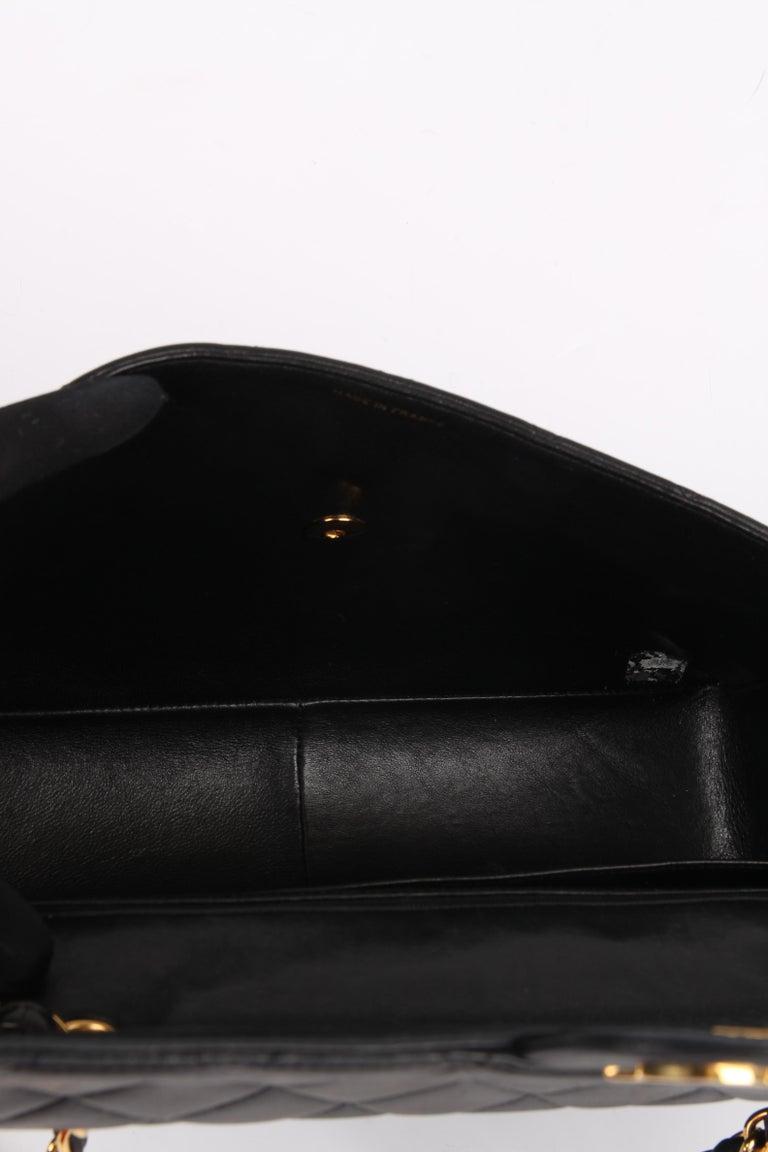 Chanel Vintage Timeless Jumbo Single Flap Bag - black/gold For Sale 6
