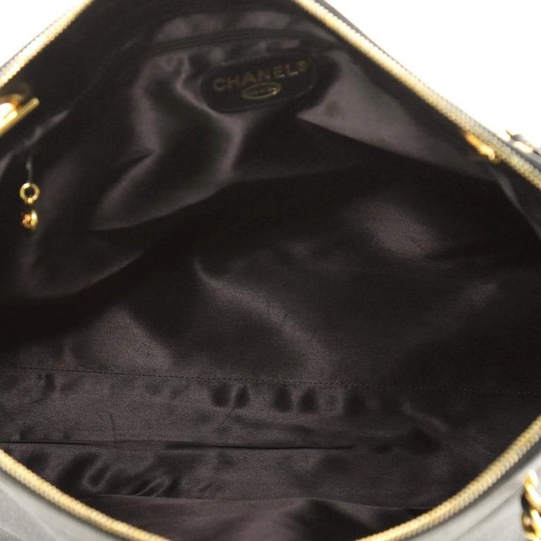 Women's or Men's Chanel Vintage Timeless Zip Tote Caviar Large For Sale